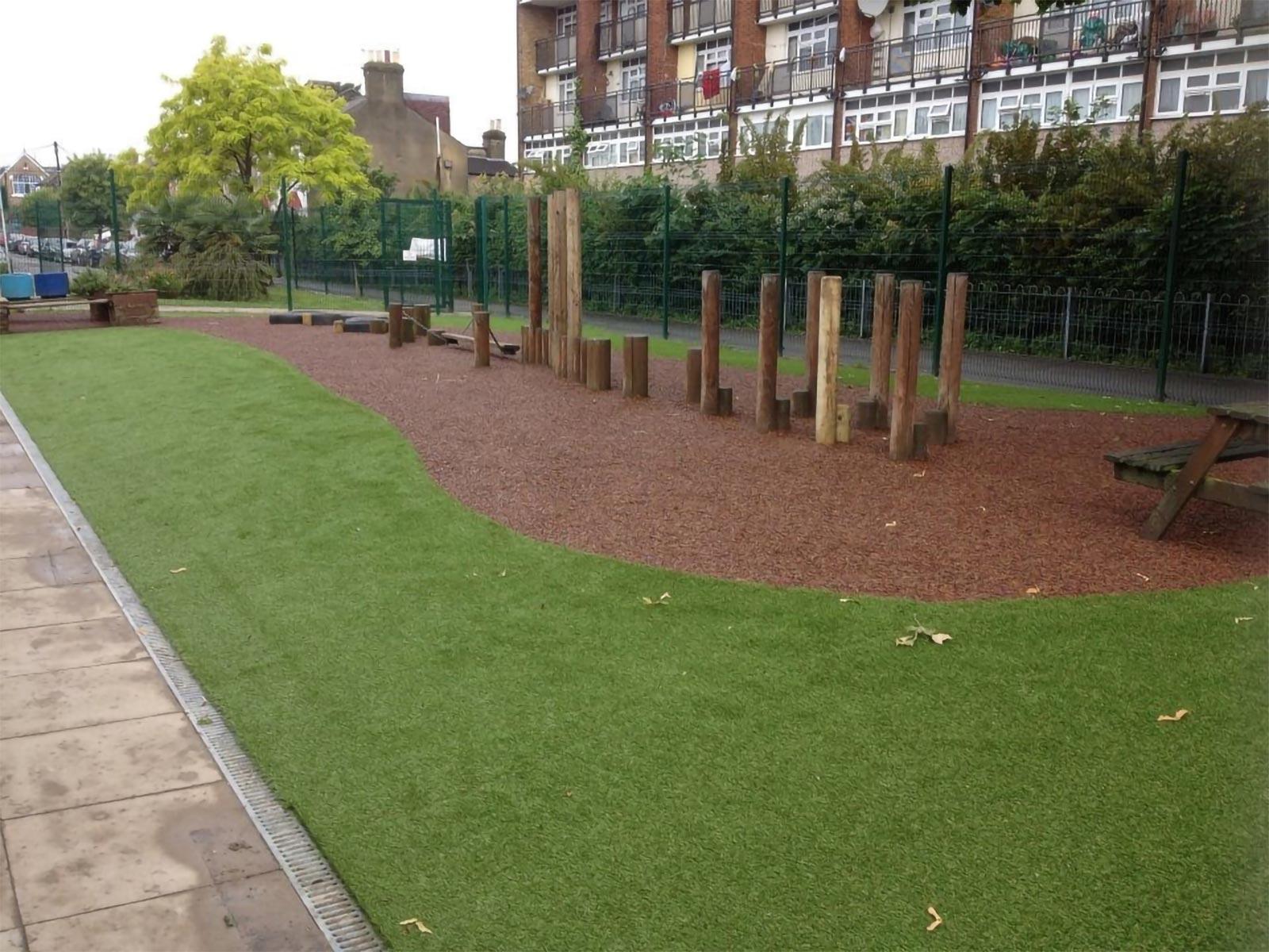 rubber mulch and artificial grass