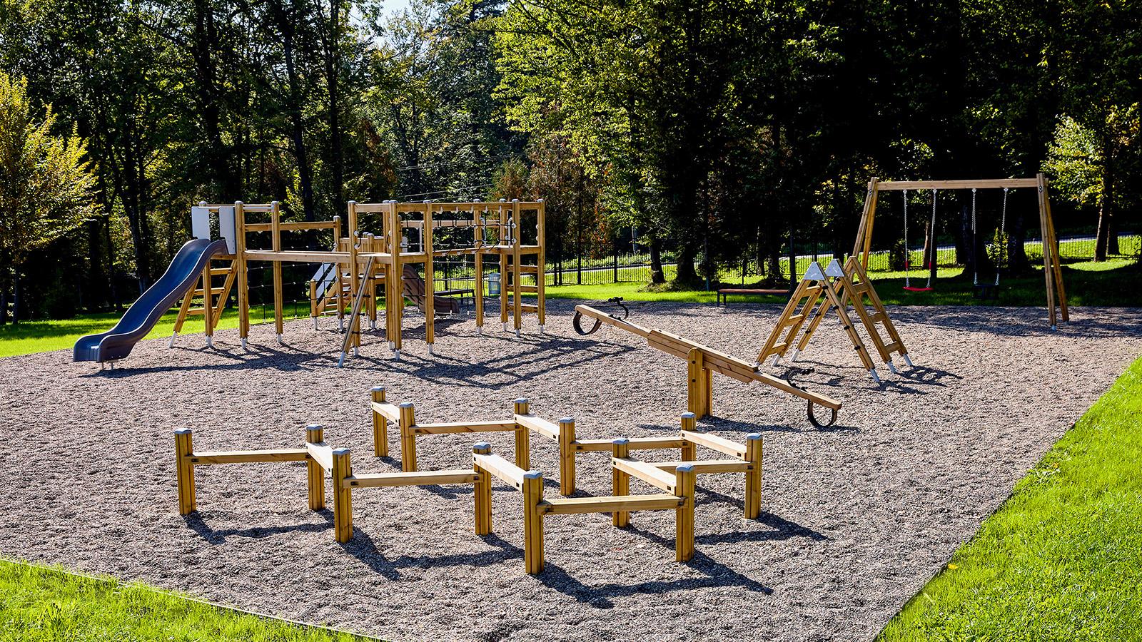 playground equipment balancing large playground
