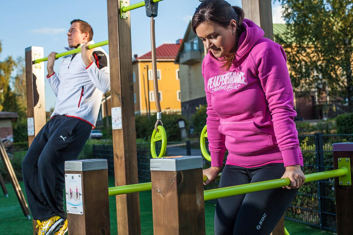 outdoor fitness pull up bar, dip bar