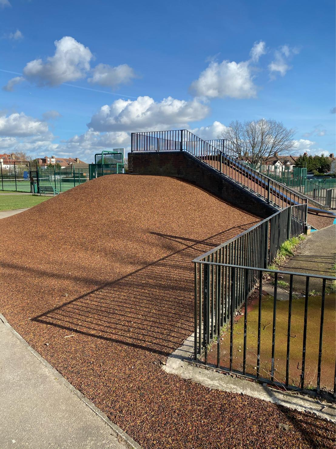 rubber mulch safety surface