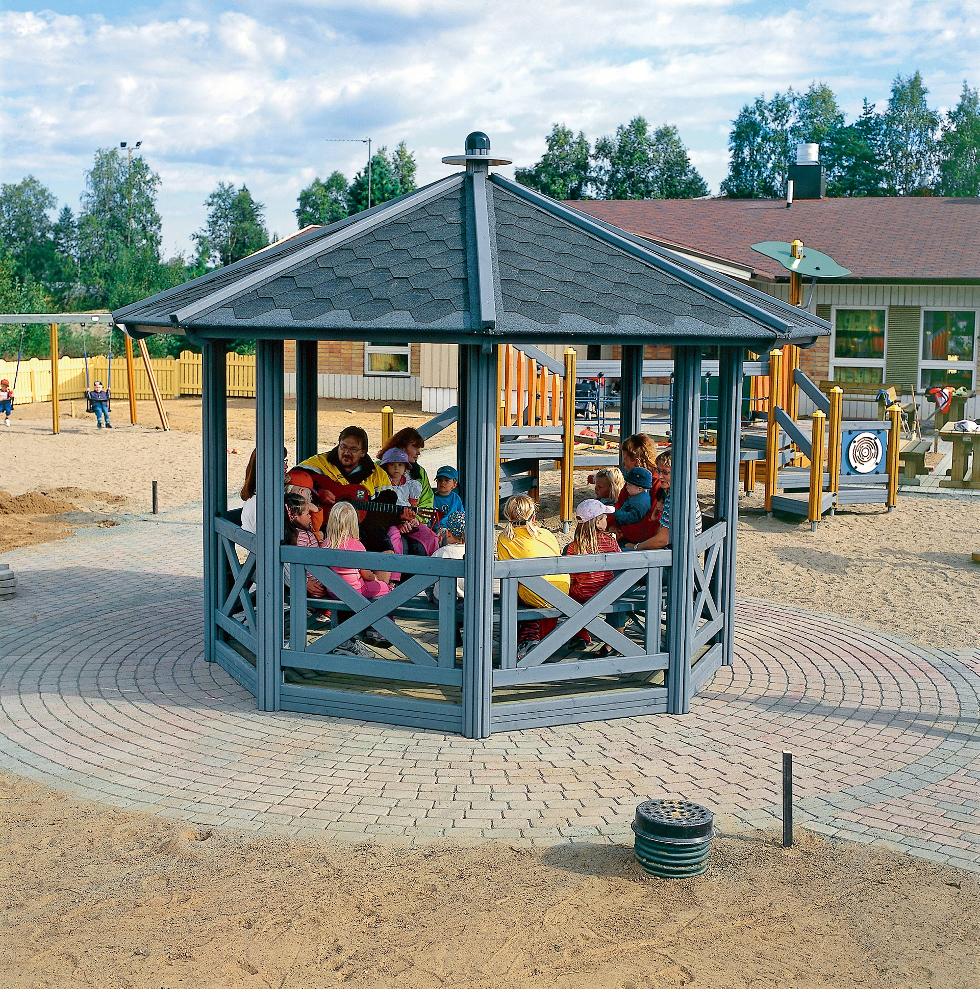outdoor pavilion large playground