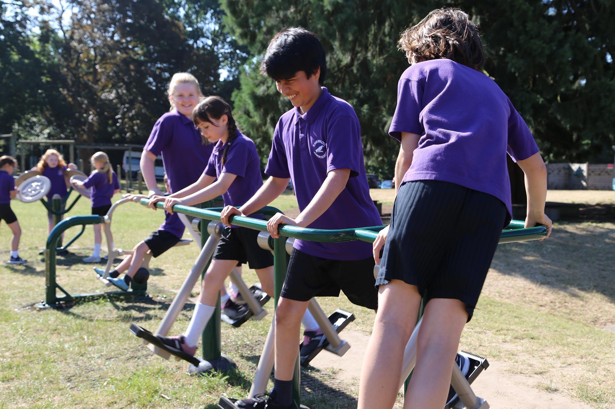 outdoor gym equipment junior