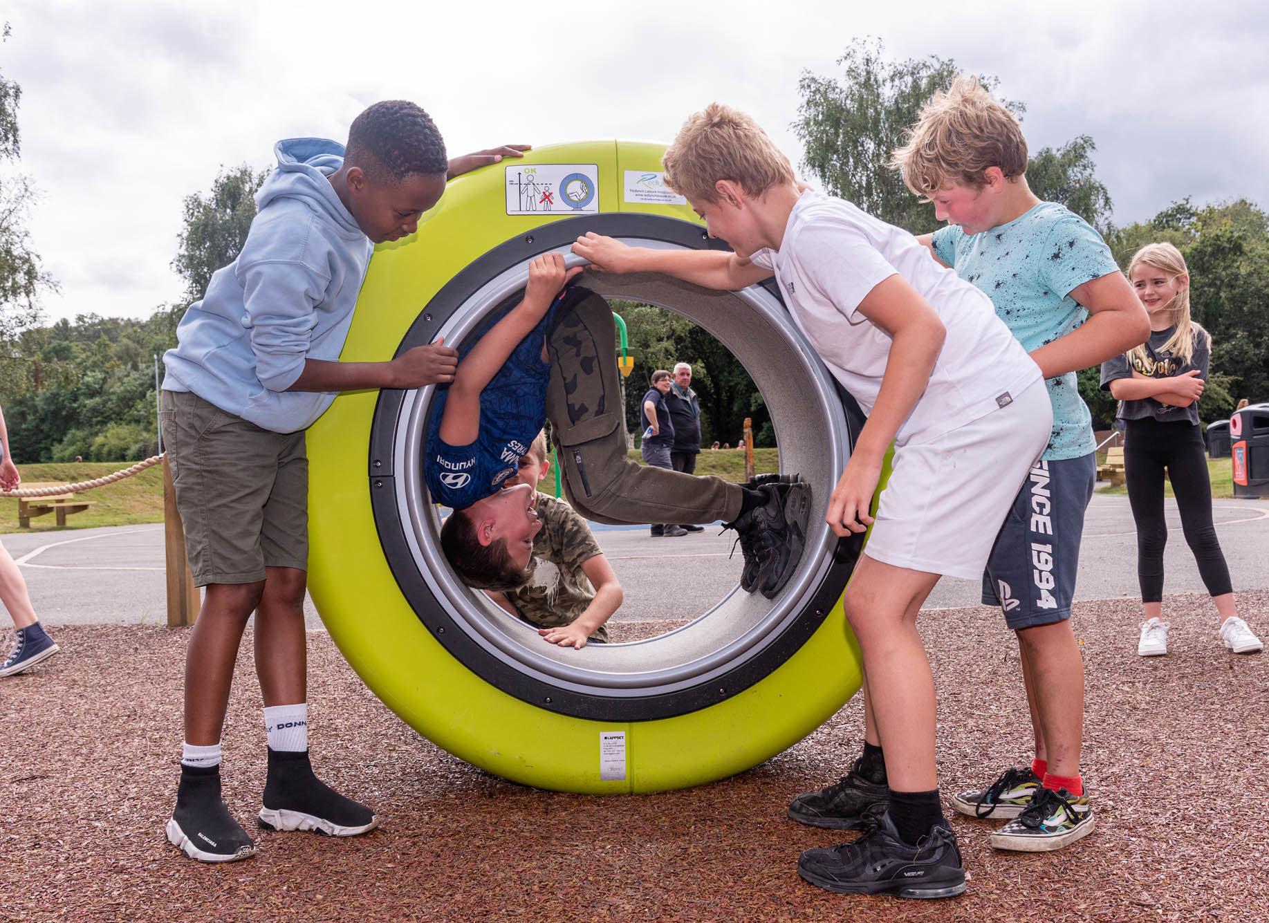 spinning machine playground equipment